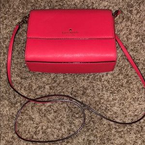 Brand New Kate spade coral cross body